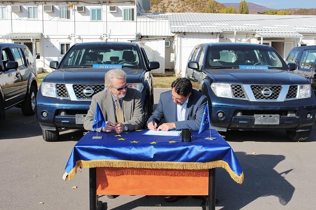 EULEX-i dhuron shtatë automjete Gjykatës Themelore në Mitrovicë dhe Qendrës për Ndërmjetësim në Mitrovicë